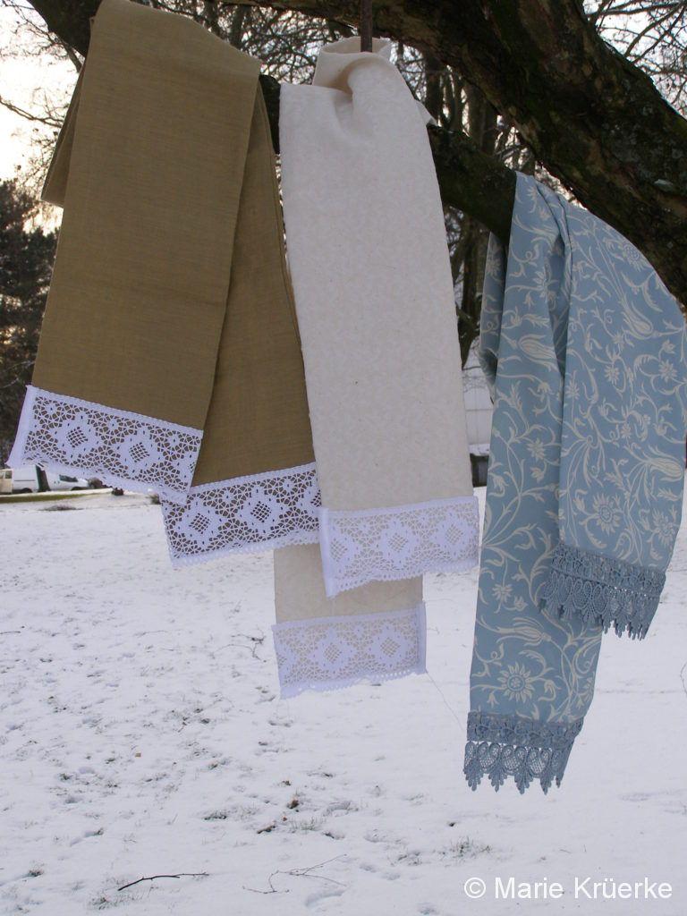 Schals mit Spitze
