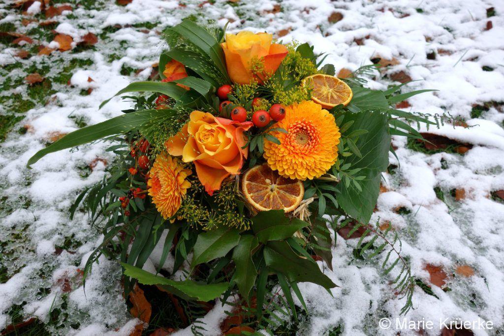 Strauß in orange